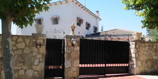 Chalet en Las Lomas, Zuera