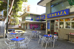 Traspaso bar en Romareda. Calle Juan II